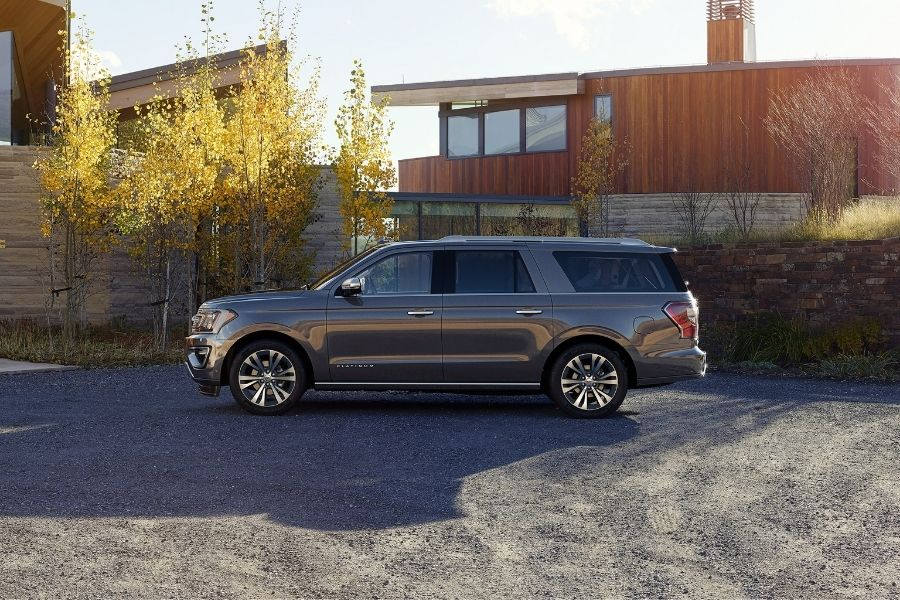 2021 Ford Expedition Left-Side View parked outside a house