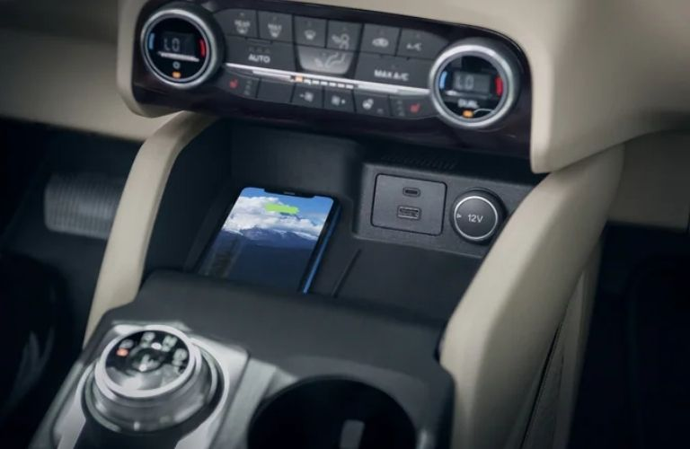 2021 Ford Escape wireless charging pad and infotainment features
